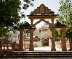 Tour Package In Ranakpur